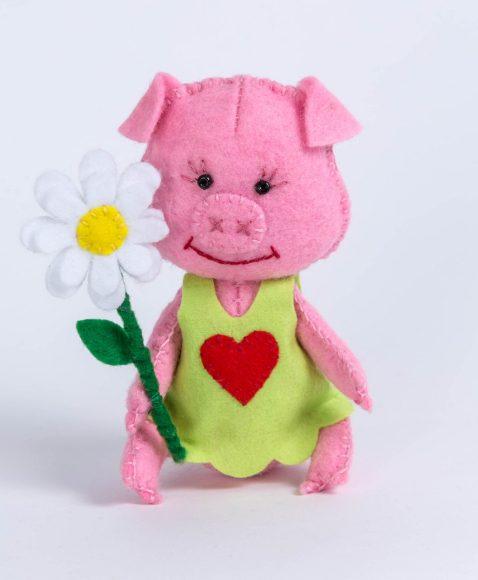 Купить ПЕРЛОВКА Набор для изготовления текстильной игрушки Хрюша [ПФД-1058], фетр, пластик, бумага, текстиль, Россия, Товары для изготовления кукол и игрушек