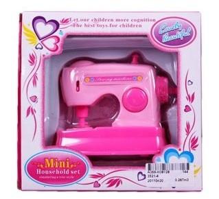 Купить НАША ИГРУШКА Швейная машинка, кор., батар. не вх. в компл. [3521-4], Shantou, пластик, Детские кухни и бытовая техника