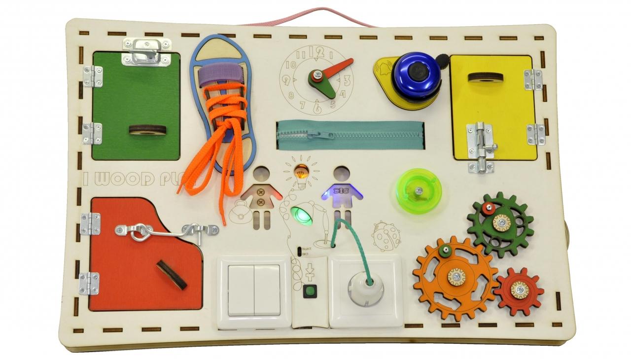 Купить Бизиборд IWOODPLAY igb-02-01 Доска прямая 56х37см (свет), Дерево, Металл, Для мальчиков и девочек, Россия, Игрушки для развития мелкой моторики