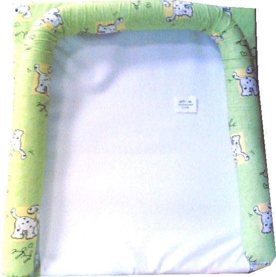 Купить 12349660, СДОБИНА Матрасик для пеленания с бортиками на комод салатовый [44], Пеленальные столики и доски для малышей